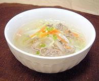 野菜とひき肉の春雨スープ
